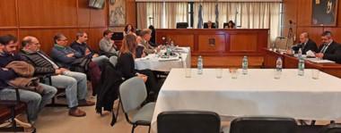 Frente a frente. Los imputados cuya situación se revisó, detrás de sus defensores y frente a los fiscales Nápoli e Iturrioz, que protagonizaron dos nuevas audiencias en la sala del STJ.