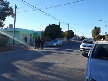 Policía trabaja en la investigación del hecho (toto @natiaferrari)