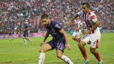 San Martín perdía 2 a 0 y terminó igualando en el descuento 3 a 3 con Villa Dálmine y accedió de ronda.