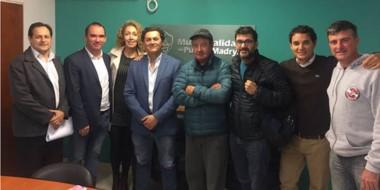 La comisión directiva de la Hermandad Patagónica de Buzos asistió al encuentro con autoridades.