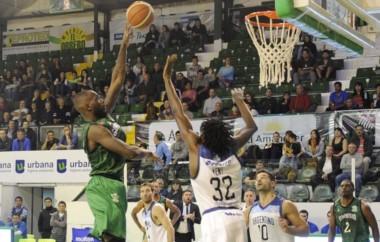 Esta vez con resultado apretado pero Gimnasia logró ganar sus dos juegos en Comodoro. (Foto: Prensa Gimnasia).