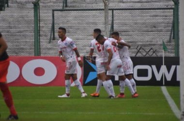 Batallini y Alexis Mac Allister marcaron los tantos de la victoria del equipo de La Paternal.