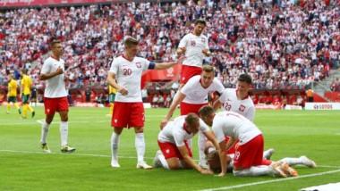 Polonia llega entonado al Mundial. Le metió 4 a Lituania.