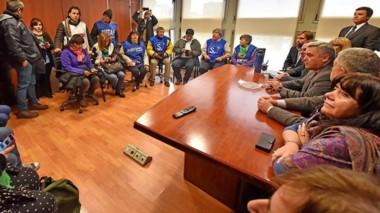 Ayer los diputados anunciaron la decisión en conferencia de prensa y recibieron a los gremios estatales.
