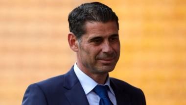 Fernando Hierro, director deportivo de la Federación Española de Fútbol, sustituirá a Lopetegui al frente de la Selección de España.