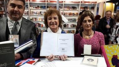Cecilia Glanzmann y su nuevo libro editado por El Piche Cartonero.