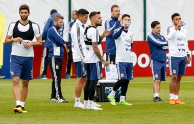 Argentina se entrenó tácticamente esta mañana pensando en el debut del sábado con Islandia.