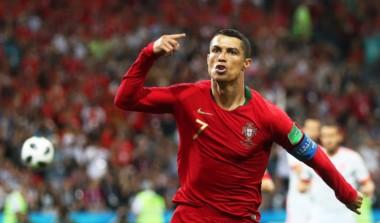 Ronaldo marcó los tres goles de Portugal ante España. Diego Costa (2) y Nacho, anotaron para España.