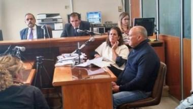 Osvaldo Villasboa (derecha) fue acusado de rociar con alcohol y prender fuego a su pareja que tras cinco días de agonía, murió.