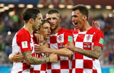 Modric, de penal, marcó el segundo tanto de Croacia.