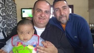 Silvio Ricci y su pareja, Jorge, acudieron de urgencia al hospital Santa Francisca con su hijito de siete meses.