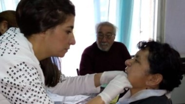 "El  equipo de salud visitó el Club Municipal ""Remembranzas""."