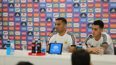 Mercado y Pavón, que cuentan con grandes chances de ser titulares ante Croacia, hablaron en conferencia.