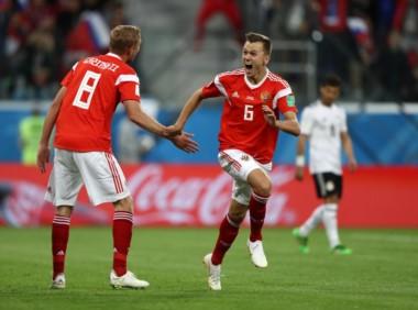 Rusia le metió 5 a Arabia y 3 a Egipto. Tiene diferencia de gol +7 y está a un paso de los octavos de final. Histórico.