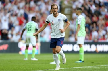 Con goles de Gary Cahill y Harry Kane, la Inglaterra derrotó a Nigeria 2-1 en Wembley.
