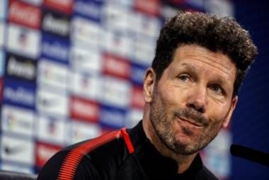 """El mensaje de voz del """"Cholo"""" al """"Mono"""" Burgos criticando a Argentina termina con una pregunta: """"Si vos tenéis que elegir entre Messi y Cristiano, ¿a quién elegirías?""""."""