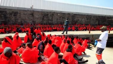 Rescatados 769 inmigrantes a bordo de 25 pateras en Andalucía y Canarias.
