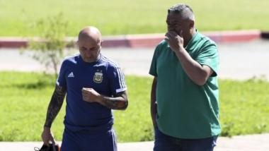 Golpe de estado en la Selección Argentina: los jugadores rompieron relación con Sampaoli, avalados por el Chiqui Tapia.