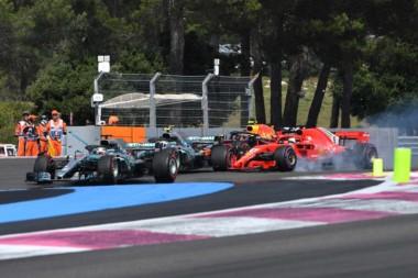 Hamilton se queda con el triunfo en Francia y Vettel se toca con Bottas.