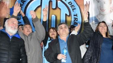Cegetistas. Botella en mano, Núñez anticipó los próximos movimientos de la central obrera ante el ajuste.