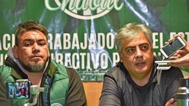 La conferencia de prensa brindada ayer entre el sector de ATE de Quiroga y el dirigente camionero Collio.