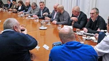 El gobernador presidió este lunes por la tarde en la Casa de Gobierno una reunión de gabinete.