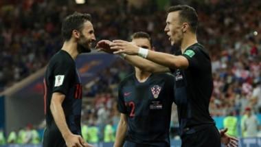 Croacia, que goleó a Argentina 3-0 en fase de grupos, quiere dejar en el camino a Dinamarca.