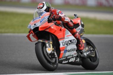 Llegó el día en que Lorenzo ganó vestido de rojo... y en la casa de Ducati.