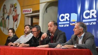 El intendente Carlos Linares encabezó la inauguración de dos obras de redes de agua potable.