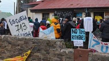 Tal como ocurre con el Ministerio de Educación en Rawson, en la Cordillera también avanzan con la medida.