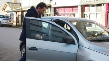 El alto jefe militar se retira del Juzgado Federal tras 4 horas de declaración indagatoria ante el juez Otranto.