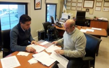 Crovetto y Alonso firmaron el convenio para el traslado de Senasa al Mercado Concentrador