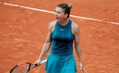 Halep, que ganó como junior Roland Garros en 2008, ahora, 10 años después, lo logró en mayores.