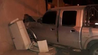 La camioneta impactó de lleno contra la pared (foto f5noticiasok)