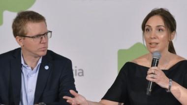 La gobernadora María Eugenia Vidal junto al presidente del banco Provincia. Reconoció la alta inflación.