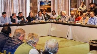 La discusión por la  minería fue impulsada en esta ocasión por los jefes comunales de la Meseta Central.