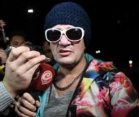 El músico se entregó cerca de las 7 de la mañana en la comisaría 52 de Villa Lugano, en compañía de su abogado.