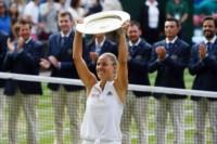 El desahogo de Angelique Kerber. Derrotó a Serena y es la nueva campeona de Wimbledon.