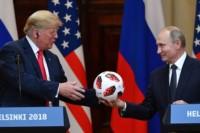 El dueño de la pelota del Mundial reciente fue Vladimir. Pero los billetitos verdes son de Donald...
