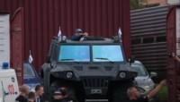 Maradona, presidente de Dinamo de Brest de Bielorrusia: desfiló en vehículo militar.