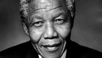 """""""Soy el amo de mi destino: soy el capitán de mi alma"""". Con esta poderosa frase de su autoría se puede simplificar la vida de Nelson Mandela."""