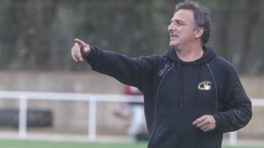 El experimentado entrenador Marcelo Chorny, dictará una clínica en La Española entre mañana y el domingo.