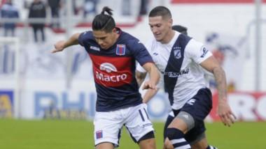 Guillermo Brown gestó escasas situaciones de gol, hecho que le impidió superar ayer a Tigre en el conurbano bonaerense.  Quedó eliminado.