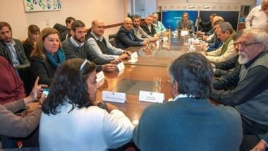 Cumbre. Una postal del encuentro del Consejo Federal Vial, donde Chubut confirmó las promesas de Nación.