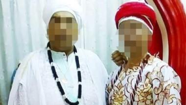 El pai umbanda detenido (izq) junto a una seguidora del culto.