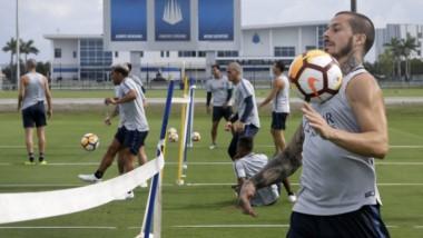 El médico de Boca deslizó que Benedetto estará sin jugar por tiempo indeterminado.
