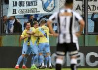 Mancinelli, cuando el partido recién arrancaba, marcó el único gol del partido.