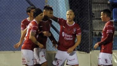 Huracán pasó a 16avos de final, tras ganarle a Victoriano Arenas.