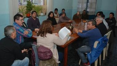 Ayer se firmó con las autoridades el acta constitutiva de la Cooperativa Obrera Unidad Textil Limitada.