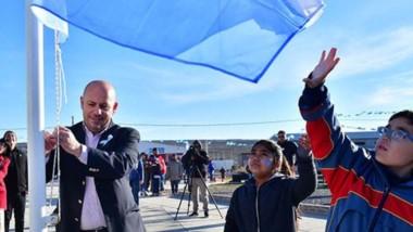 """El intendente de la ciudad de Puerto Madryn, Ricardo Sastre, participó del acto organizado por la Comunidad Mapuche Tehuelche """"Pu Fotum Mapú"""" (Hijos de la Tierra)."""